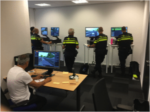 Virtual Reality Keuken : Pioniers met virtual en augmented reality bij de politie academie
